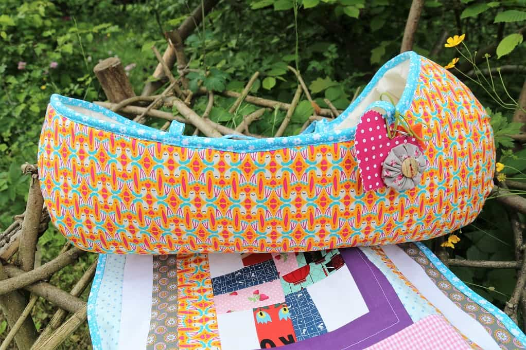 Puppenbett für Baby Born - SewSimple.de
