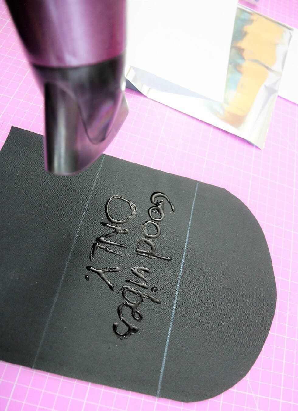 Stoff mit Metallic-Folie bedrucken