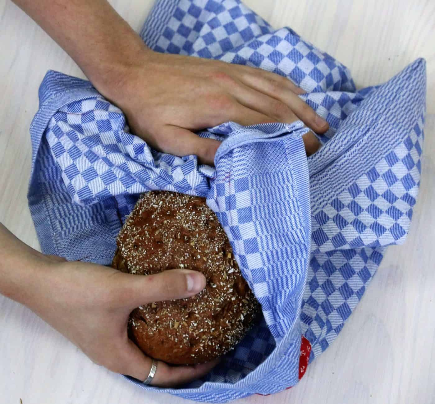 Brotbeutel aus Geschirrtuch nähen